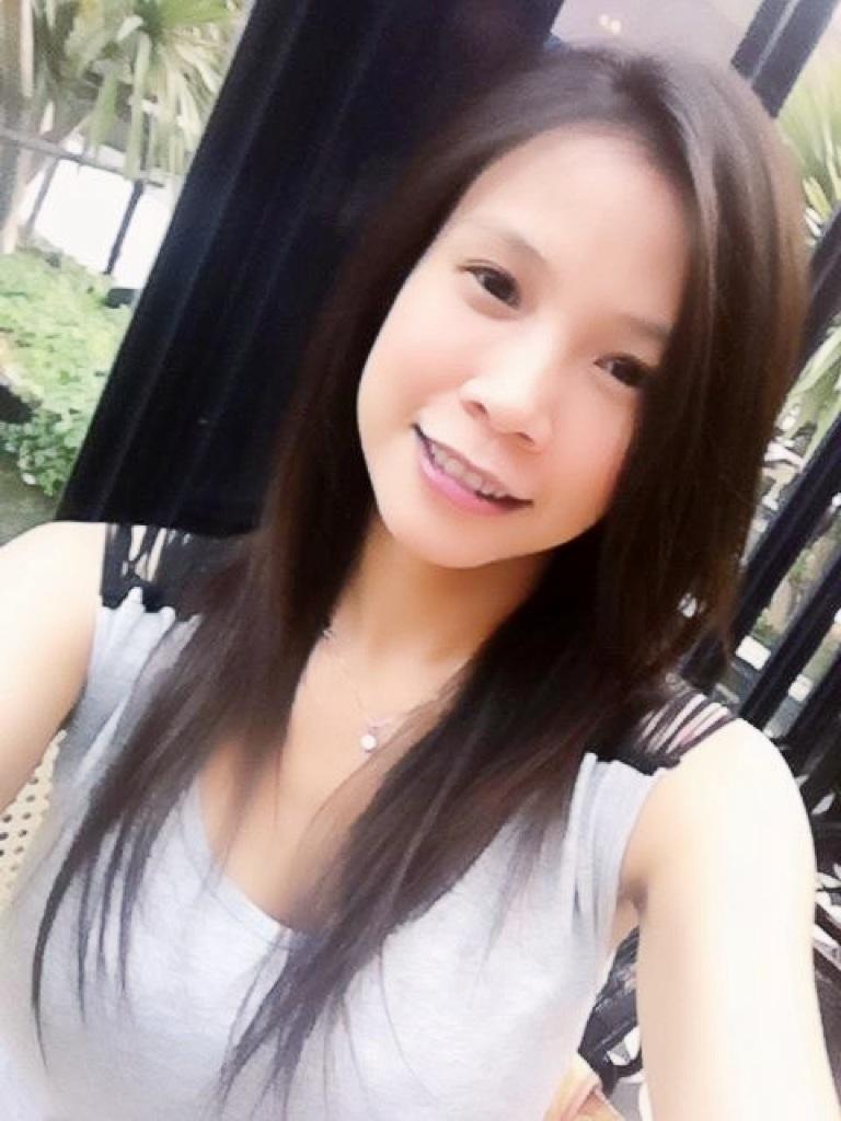 Thai girl fucking at home -