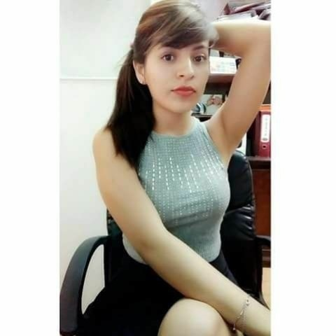 Thai Girl selfi