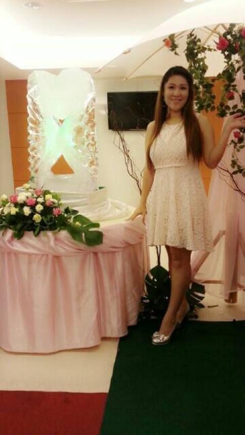 Thai Girl in a wedding